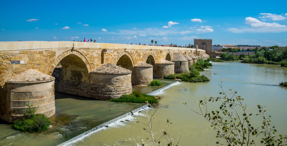 The Long Bridge of Volantis (The Roman bridge of Córdoba, Spain)